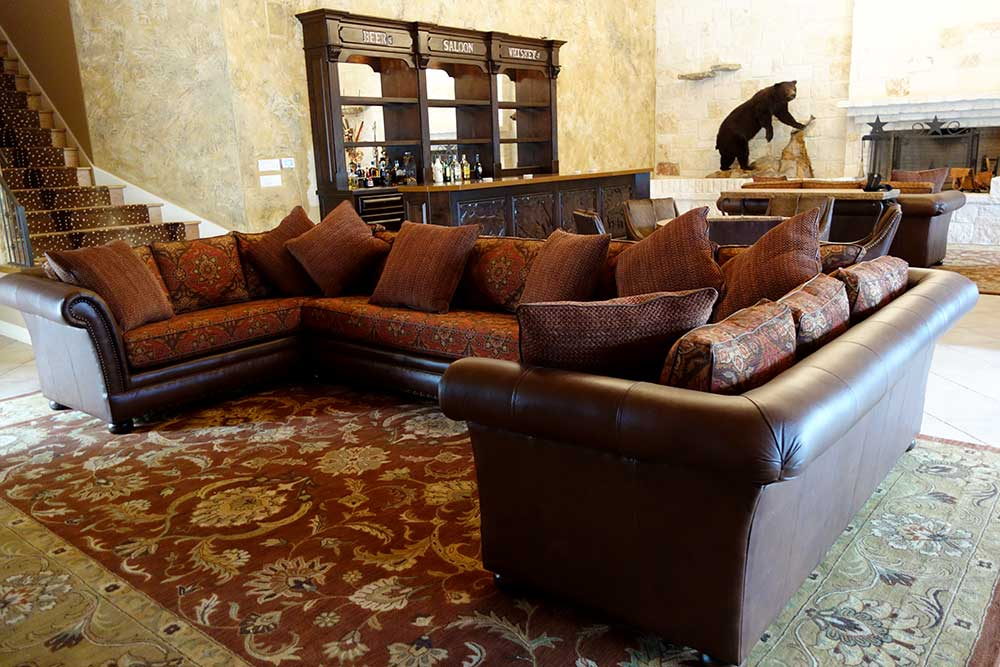 Ranch House Design Sectional Furniture and Saloon Bar. Texas Leather   San Antonio Ranch Houses Rustic Furniture